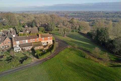 5 bedroom manor house for sale - Hogscross Lane, Chipstead