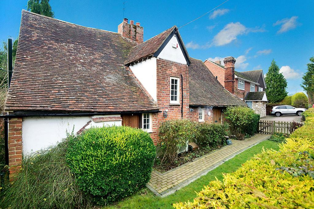 2 Bedrooms Detached House for sale in Canterbury Road, Chilham, Canterbury, Kent, CT4