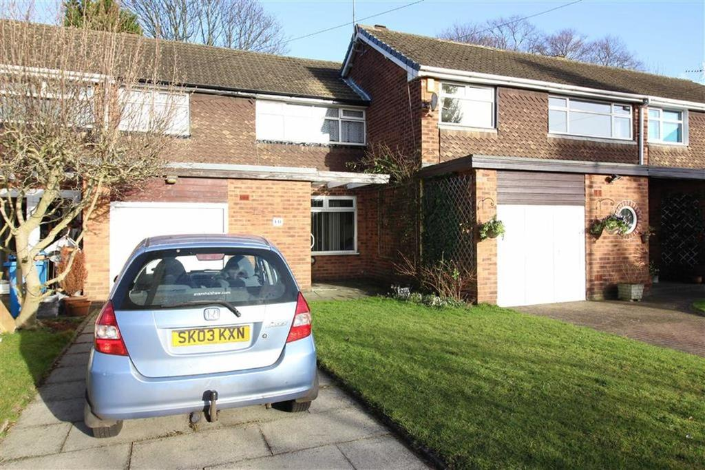 3 Bedrooms Terraced House for sale in Chinley Close, Sale