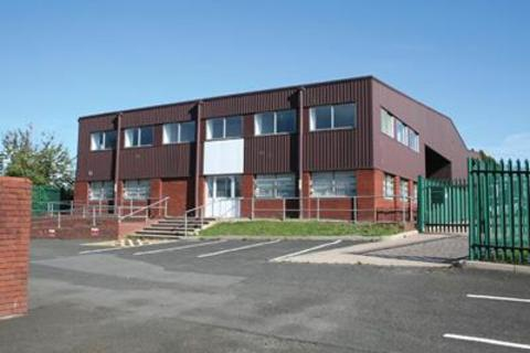Industrial unit to rent - Unit 1, Spon Lane Industrial Estate, Spring Road, Smethwick