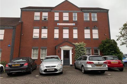 Office to rent - Centre Court, Vine Lane, Halesowen, B63 3EB