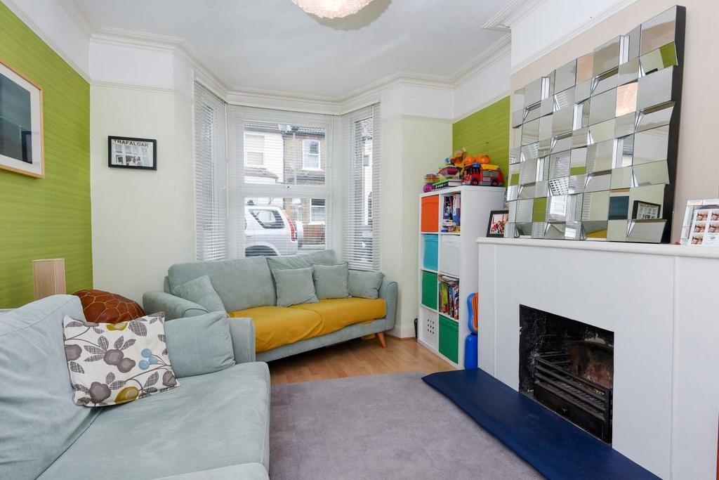 2 Bedrooms Semi Detached House for sale in Liddon Road, Bromley, BR1