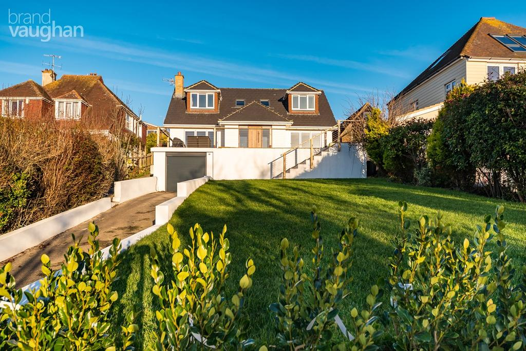4 Bedrooms Detached House for sale in Longhill Road, Ovingdean, Brighton, BN2