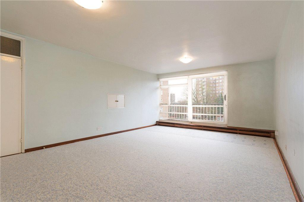 3 Bedrooms Apartment Flat for sale in Sheringham, St. Johns Wood Park, London, NW8