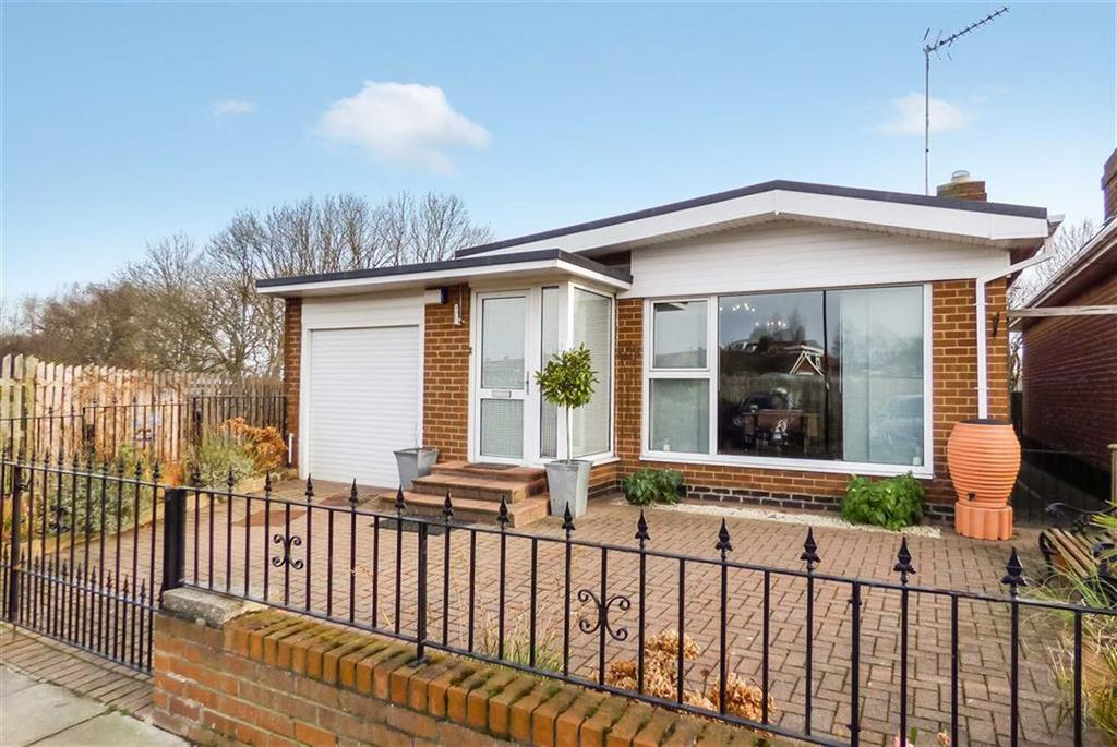 2 Bedrooms Bungalow for sale in Langdale, Monkseaton