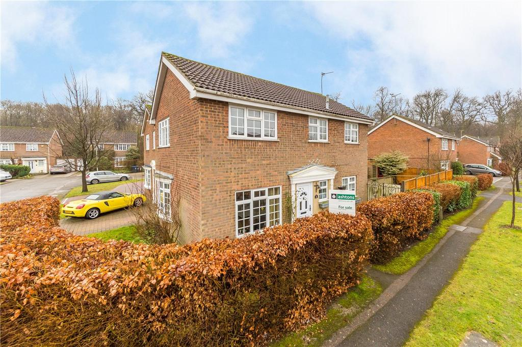 4 Bedrooms Detached House for sale in Sylvandale, Welwyn Garden City, Hertfordshire