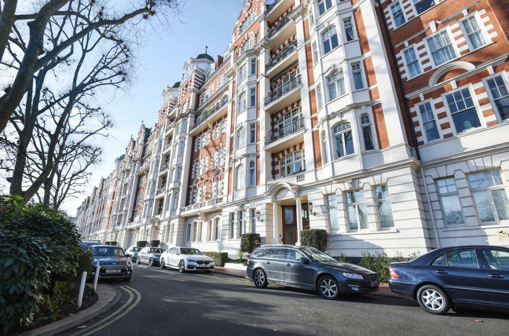 4 Bedrooms Apartment Flat for sale in North Gate, St John's Wood