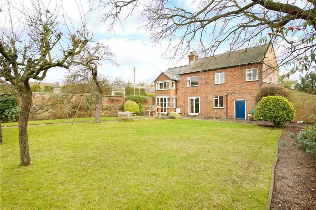 5 Bedrooms Unique Property for sale in High Street, Clophill, Bedford, Bedfordshire