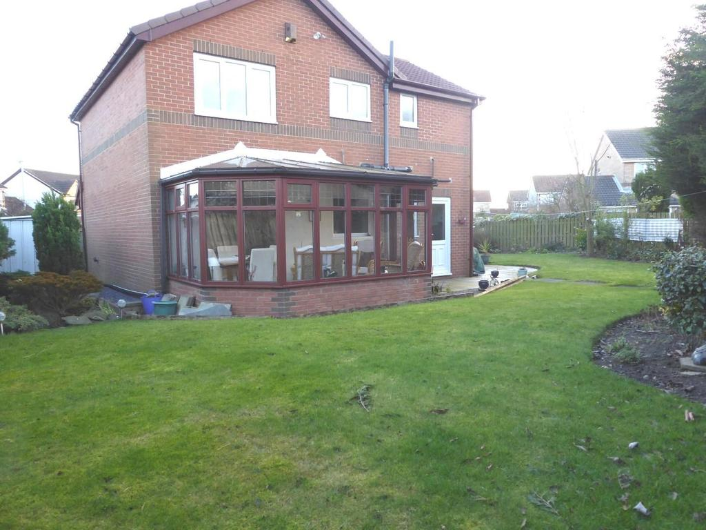4 Bedrooms Detached House for sale in DETACHED HOUSE, FALLOWFIELD