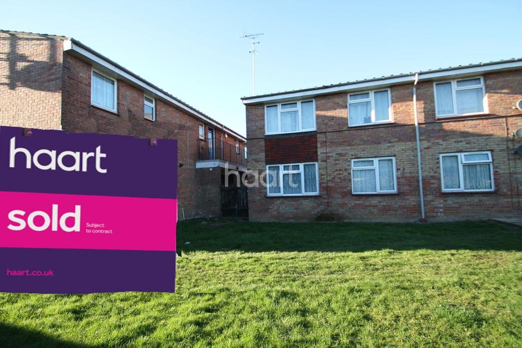 1 Bedroom Flat for sale in Calamint Road, Witham, CM8