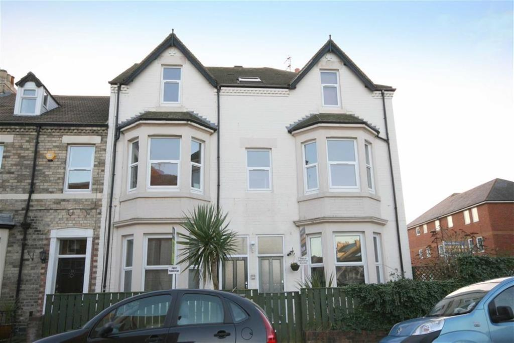 2 Bedrooms Flat for sale in Delaval Road, Whitley Bay, Tyne And Wear, NE26
