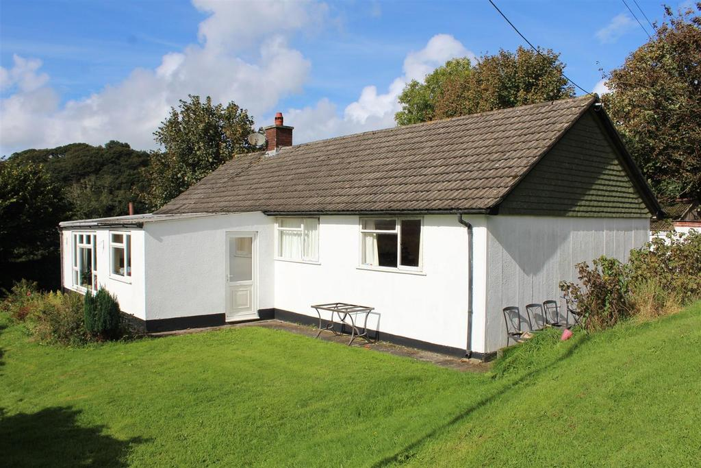 3 Bedrooms Detached Bungalow for sale in Near West Down, Ilfracombe