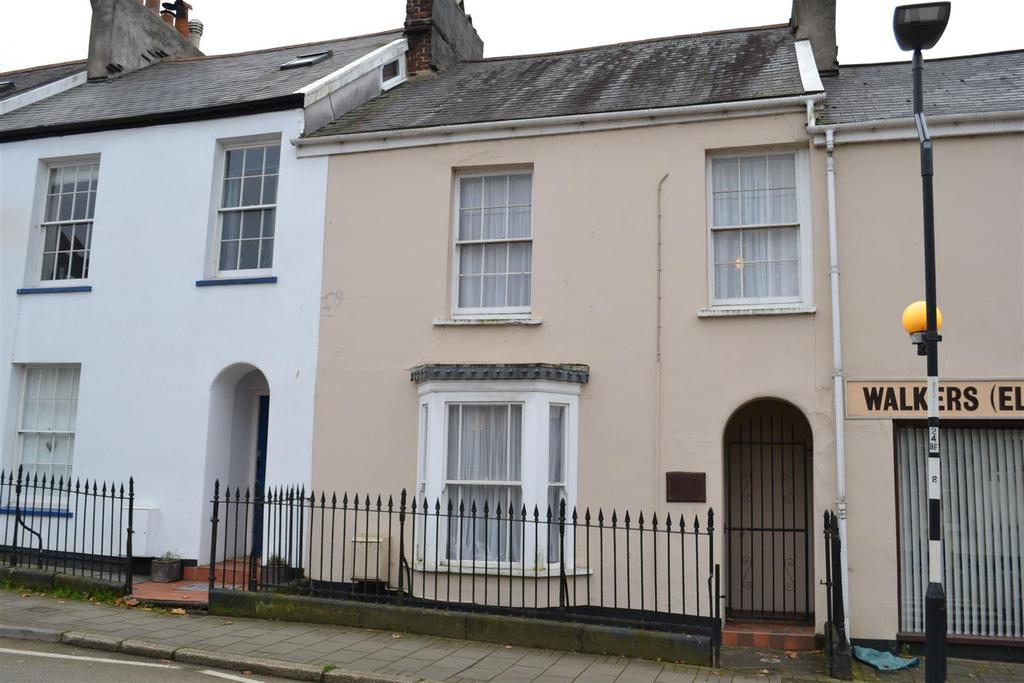 4 Bedrooms Terraced House for sale in Newport Road