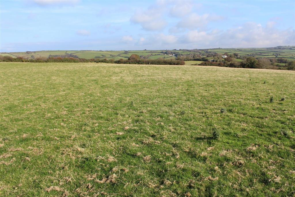 Land Commercial for sale in Long Lane
