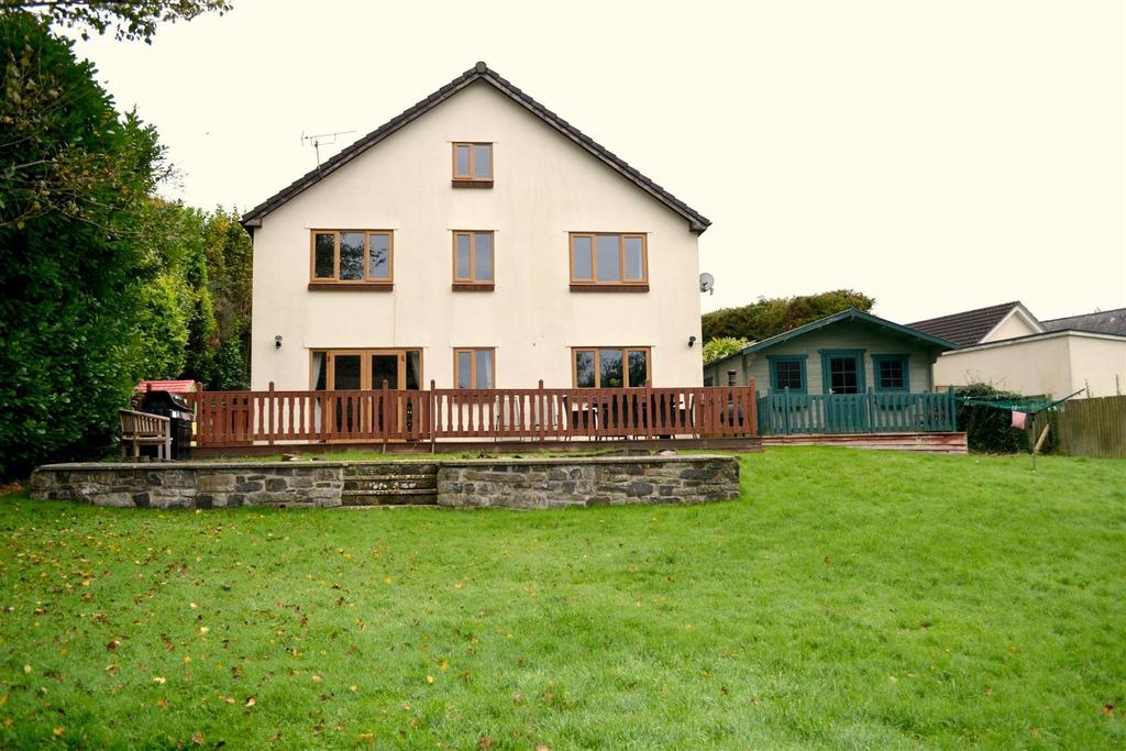 4 Bedrooms Detached House for sale in Bishops Tawton