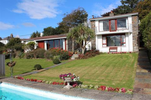 4 bedroom detached bungalow for sale - Ashford