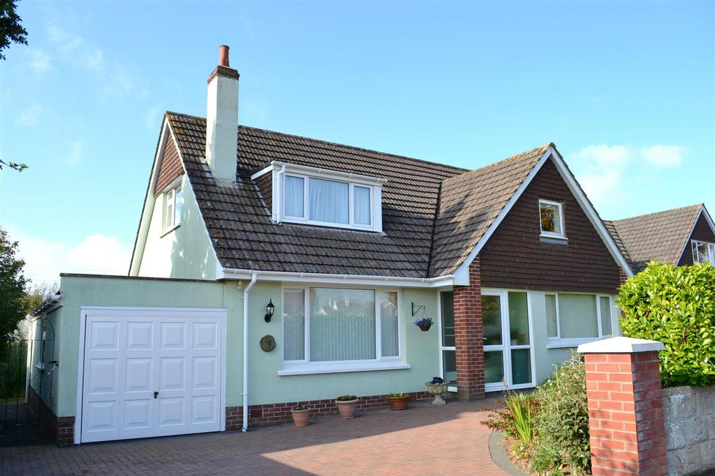 4 Bedrooms Detached Bungalow for sale in Elizabeth Drive