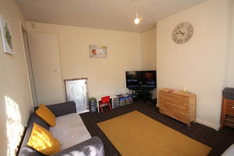 2 bedroom terraced house to rent - Bayswater Grove, Leeds, West Yorkshire, LS8