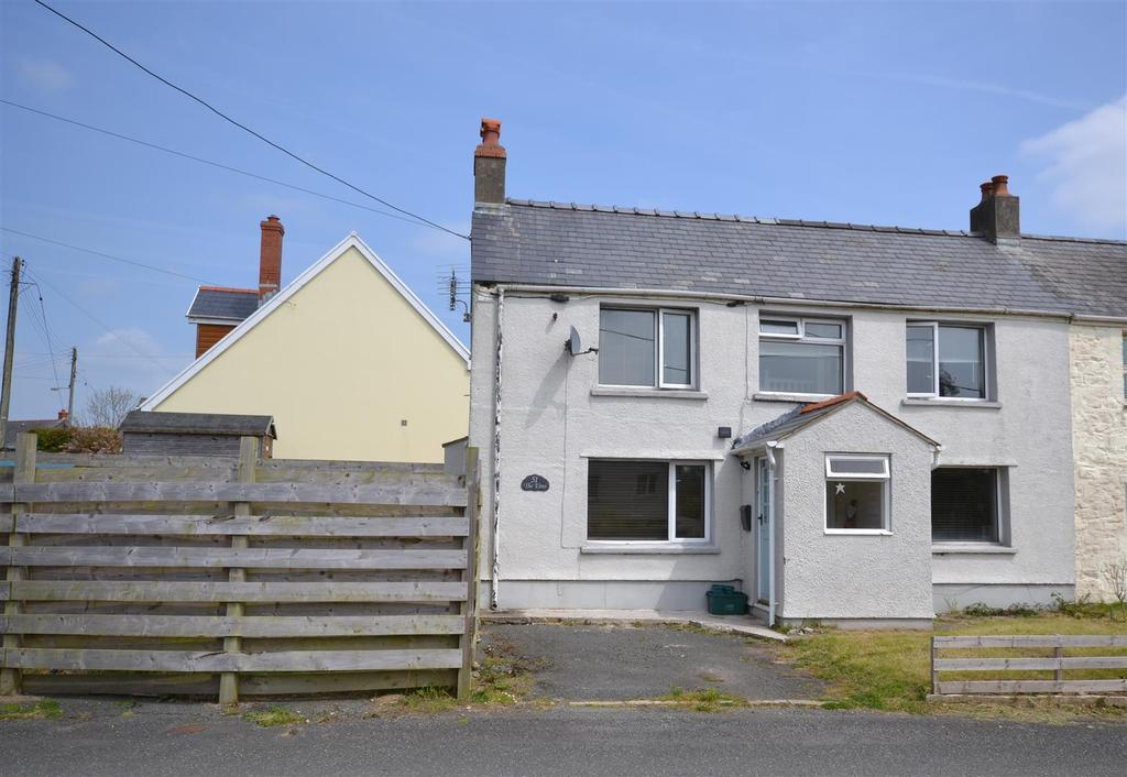 2 Bedrooms Semi Detached House for sale in Hook