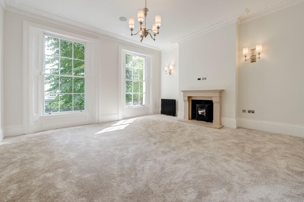 4 Bedrooms House for sale in Chepstow Road, London. W2