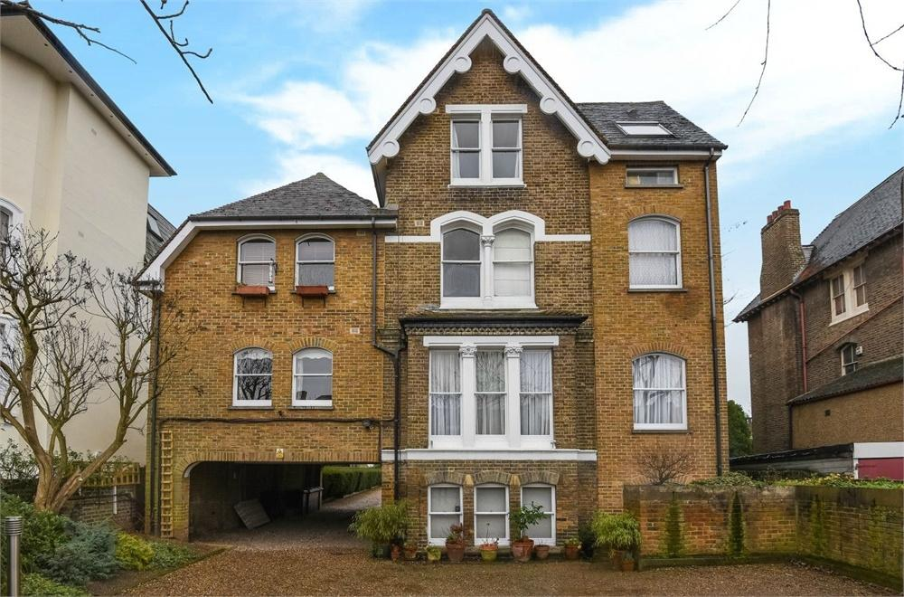 1 Bedroom Flat for sale in 12 Sutherland Road, Ealing, London
