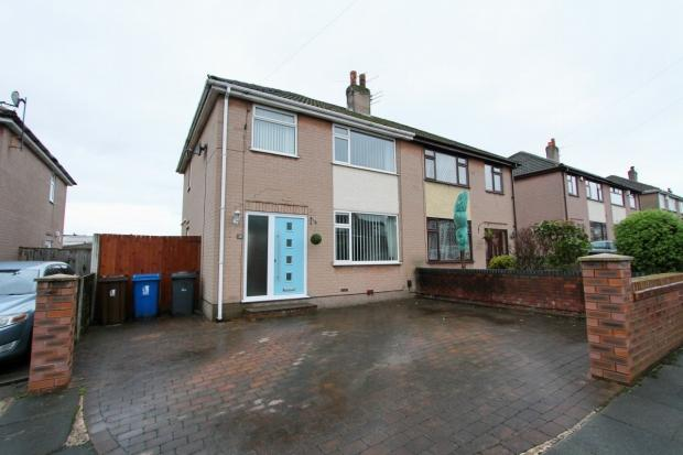 3 Bedrooms Semi Detached House for sale in Skelton Street Ashton In Makerfield Wigan