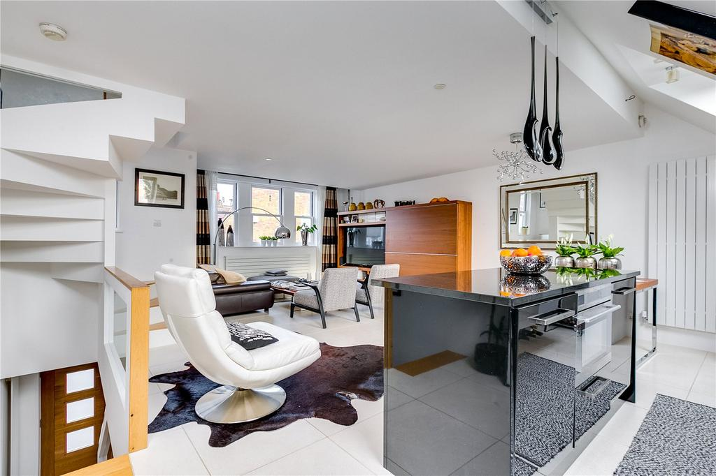 3 Bedrooms Mews House for sale in Windsor Road, Kew, Richmond, Surrey