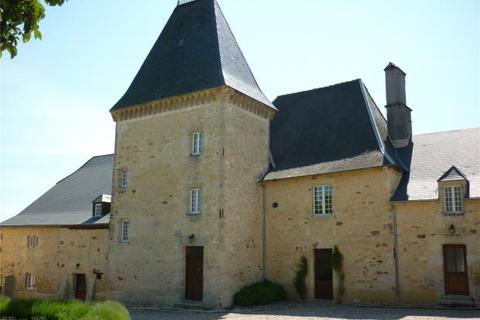 11 bedroom house  - Hilltop Chateau, Perigueux, Dordogne