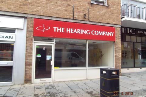 Retail property (high street) to rent - Lock-up Shop & Premises, 6 Wyndham Street, Birdgend, CF31 1ED