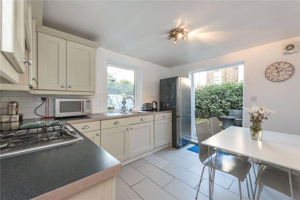 2 Bedrooms Flat for sale in Bravington Road, London, W9