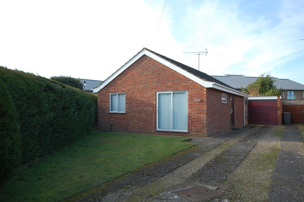 2 Bedrooms Detached Bungalow for sale in Sapwell Close, Aylsham