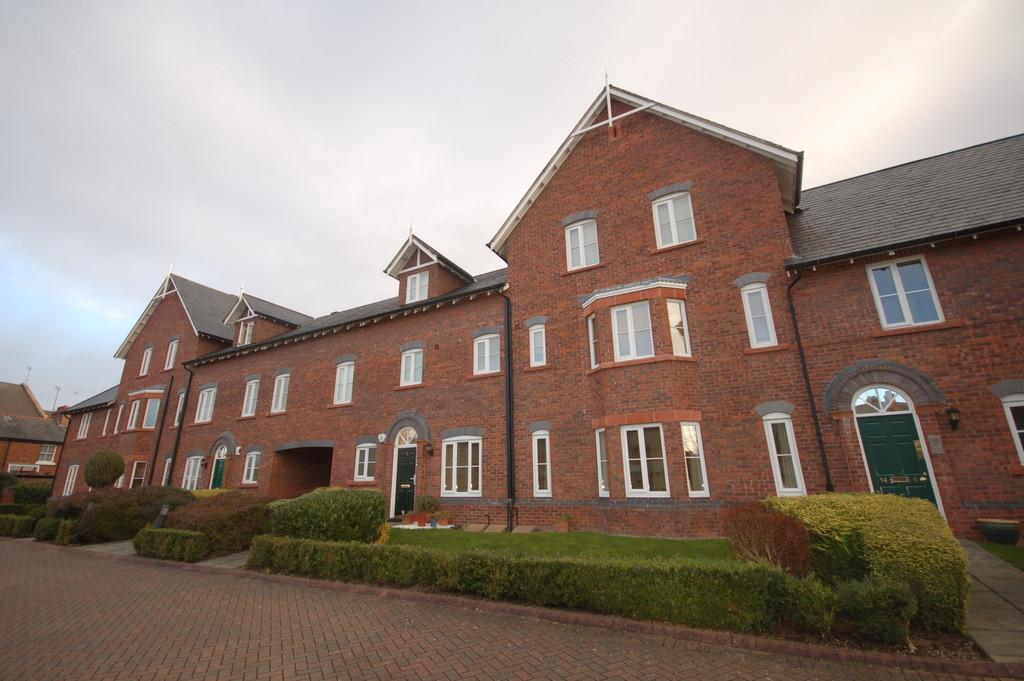 2 Bedrooms Apartment Flat for sale in Towergate, CHESTER