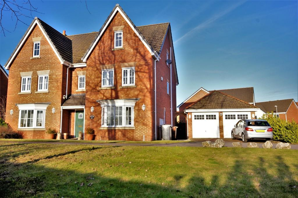 6 Bedrooms Detached House for sale in Londinium Way, North Hykeham