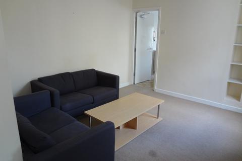 2 bedroom flat to rent - Claude Road, , Roath
