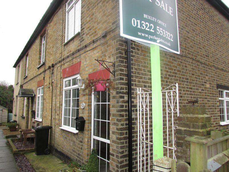 2 Bedrooms Cottage House for sale in Church Road, Crockenhill
