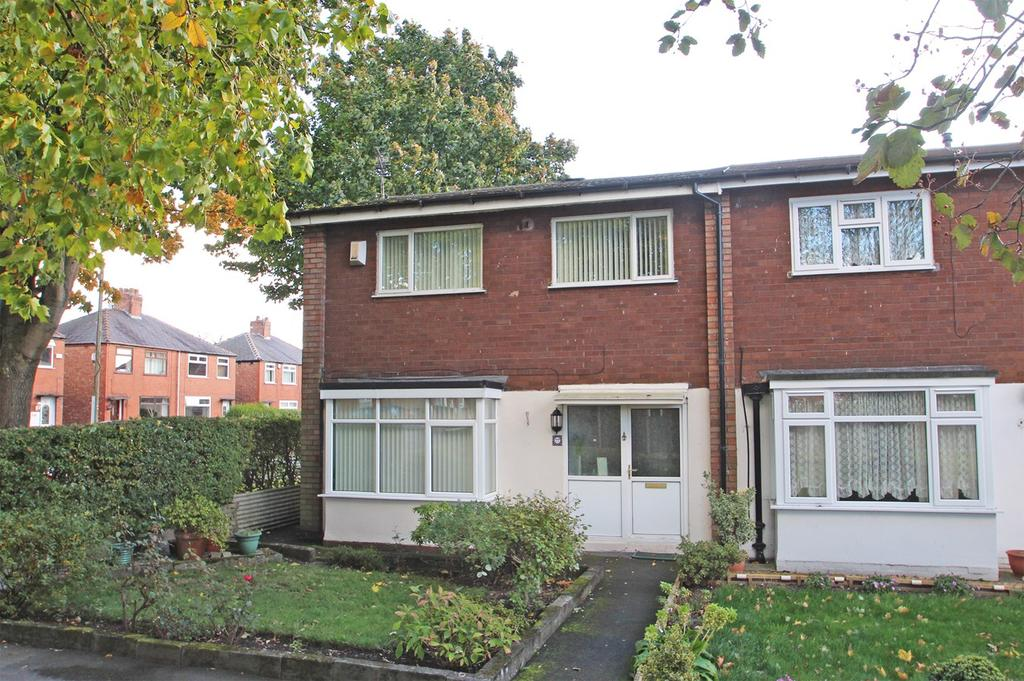 3 Bedrooms End Of Terrace House for sale in Higher Croft, Eccles, Manchester, M30
