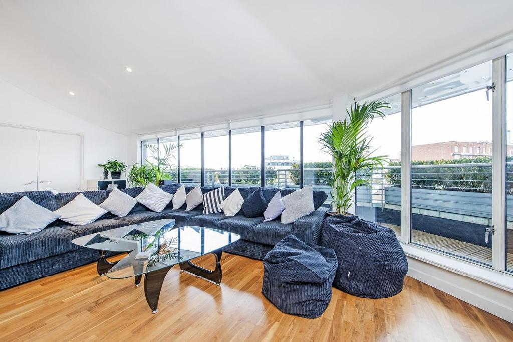 Inverness terrace bayswater 3 bed penthouse for sale for 2 6 inverness terrace