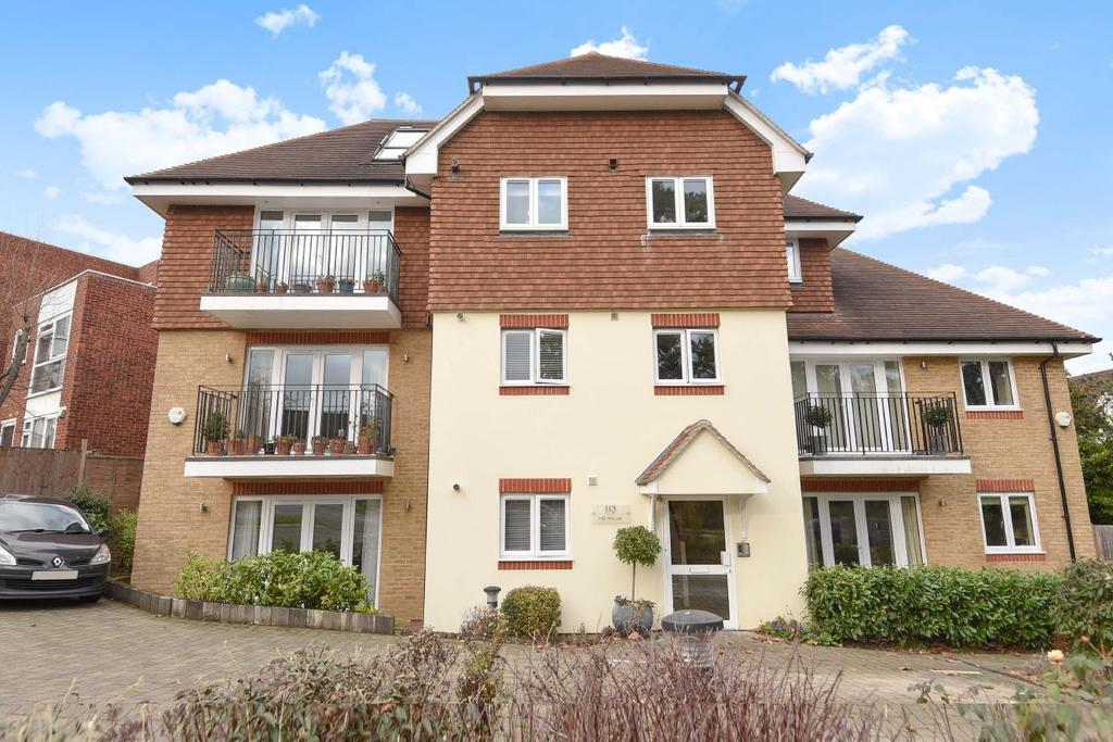 2 Bedrooms Flat for sale in Foxgrove Road, Beckenham, BR3