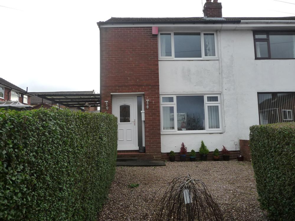 3 Bedrooms Semi Detached House for sale in 9 Burnside Close, Birstall, WF17 0NS