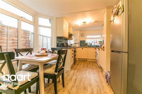 3 bedroom terraced house to rent - Trevelyan Road, SW17
