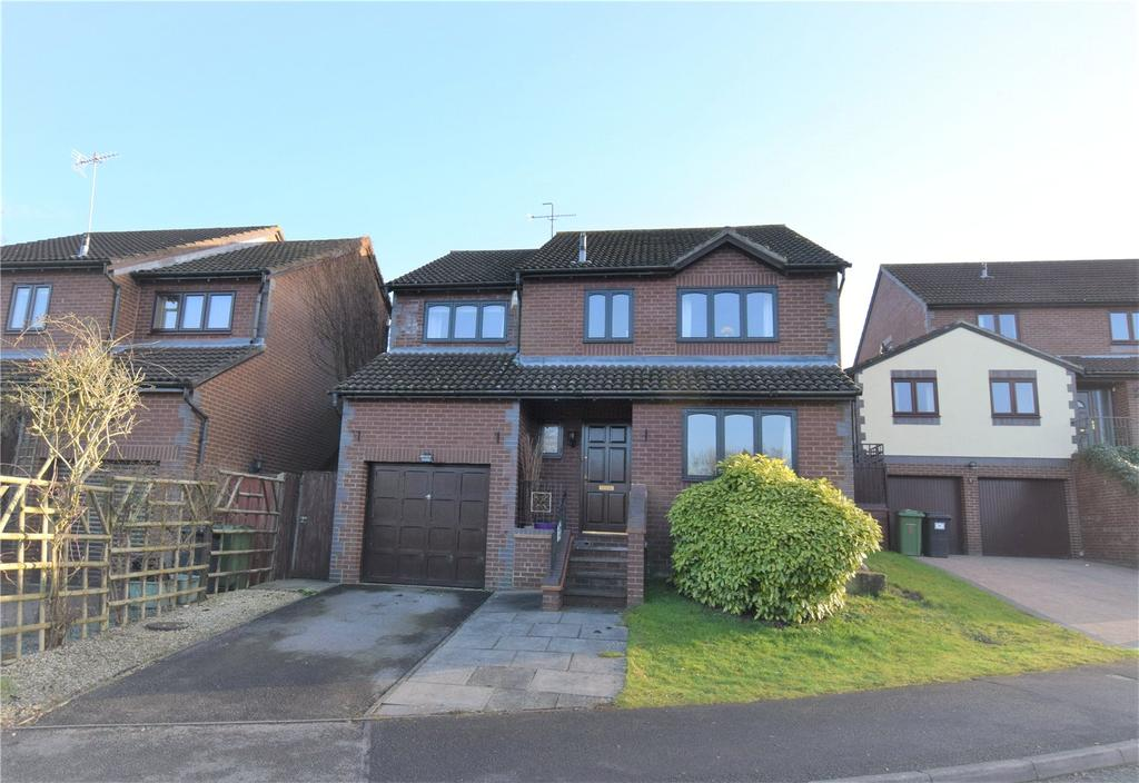 4 Bedrooms Detached House for sale in Barn Owl Way, Burghfield Common, Reading, Berkshire, RG7