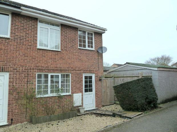 3 Bedrooms End Of Terrace House for sale in Sussex Drive, Banbury