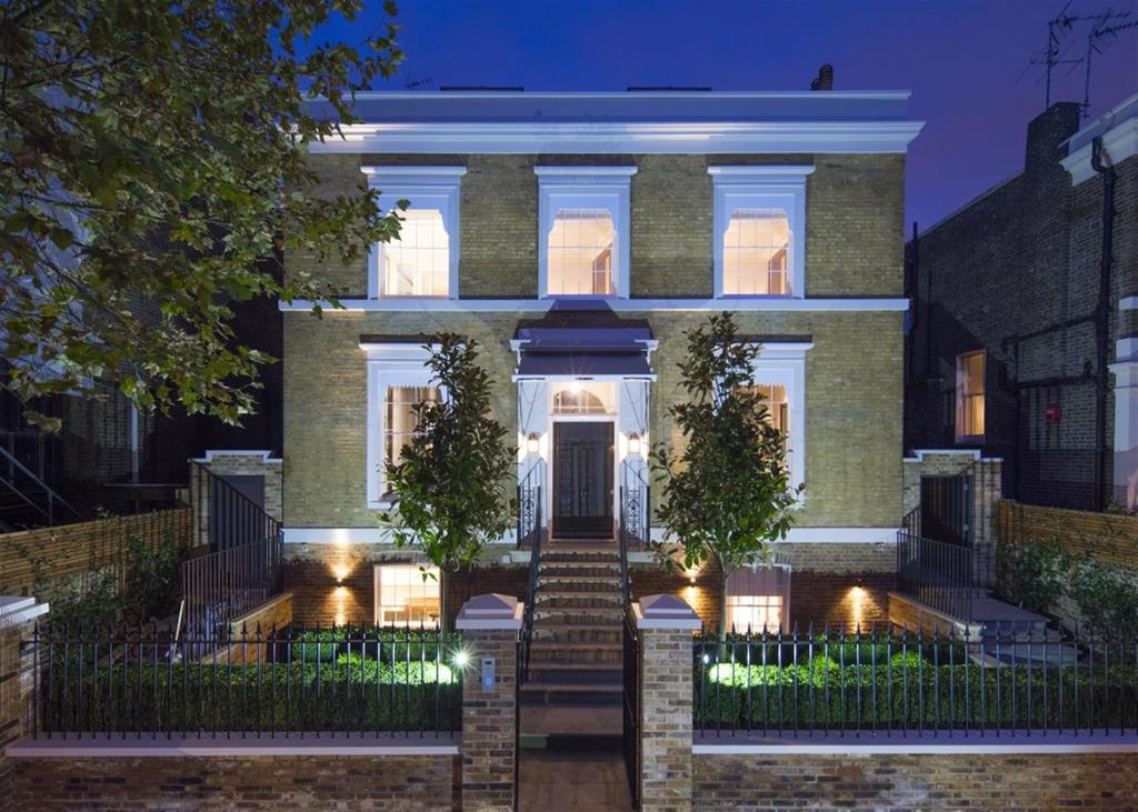5 Bedrooms House for rent in Hamilton Terrace, St Johns Wood, NW8