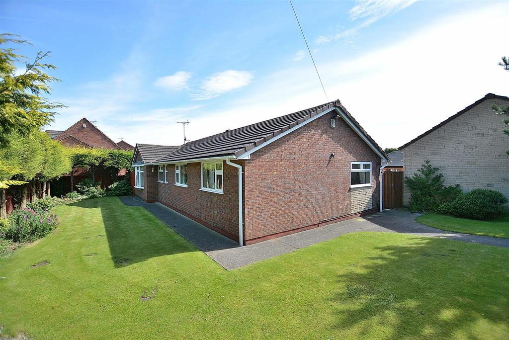 3 Bedrooms Detached Bungalow for sale in Barn Lodge, Mansfield Road, Skegby