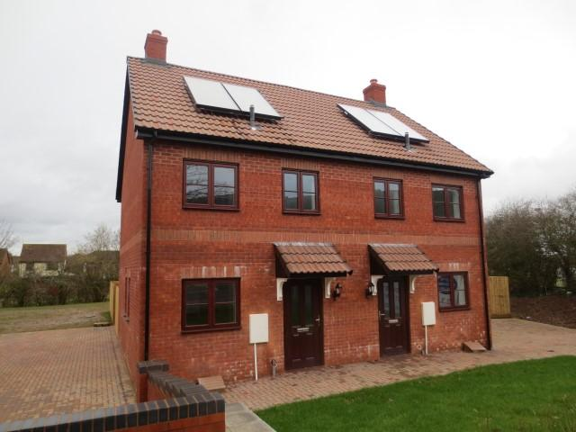 2 Bedrooms Semi Detached House for sale in Padbrook Mews, Cullompton EX15 1RU