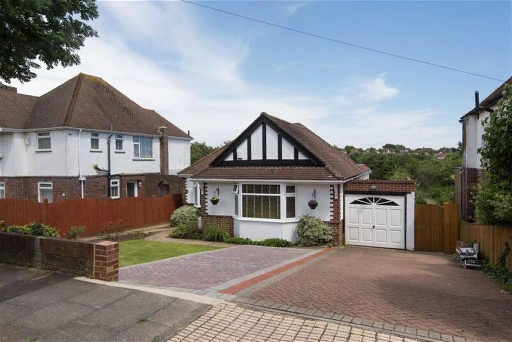 3 Bedrooms Detached Bungalow for sale in Portslade