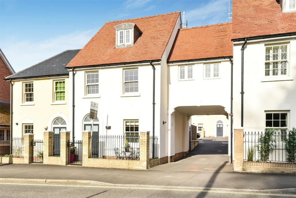 3 Bedrooms Town House for sale in Jacklyns Lane, Alresford, Hampshire