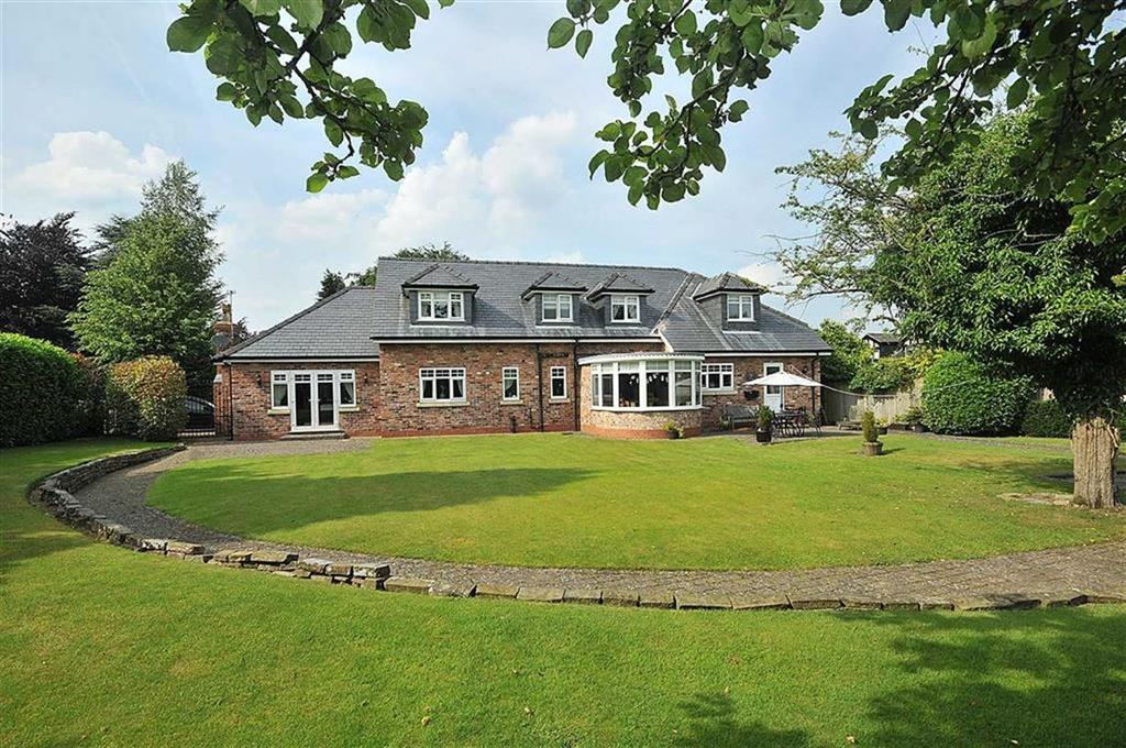 4 Bedrooms Detached House for sale in Brookledge Lane, Adlington, Macclesfield
