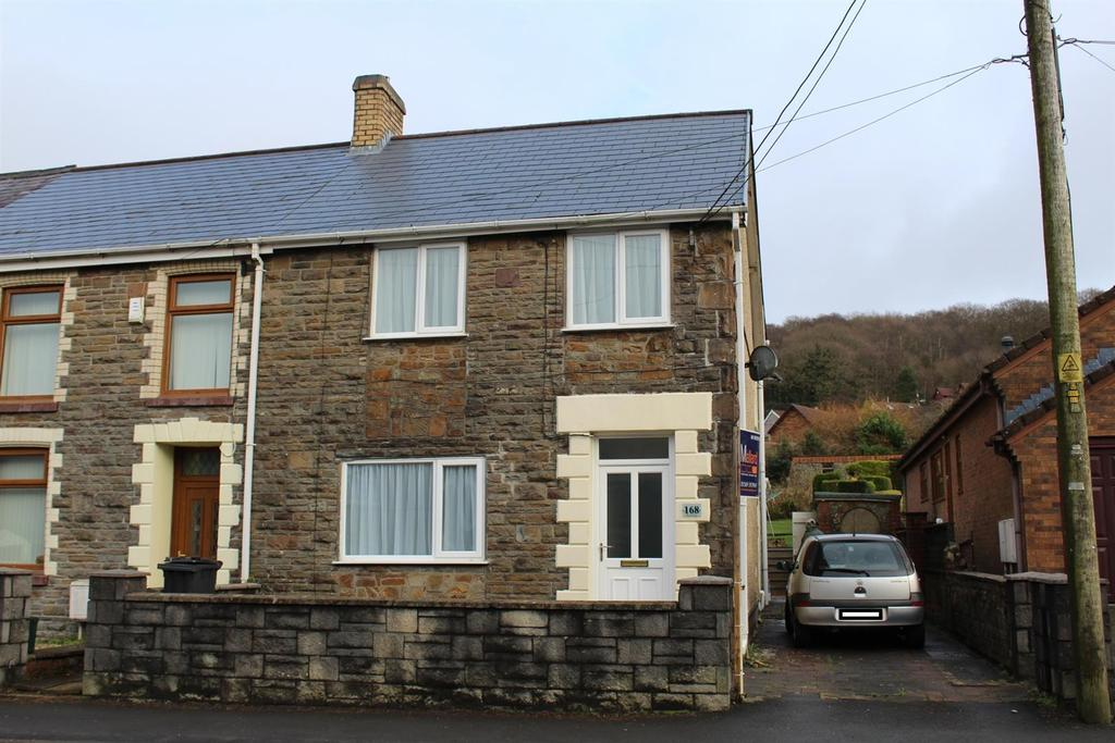 3 Bedrooms Terraced House for sale in Heol Y Gors, Ammanford
