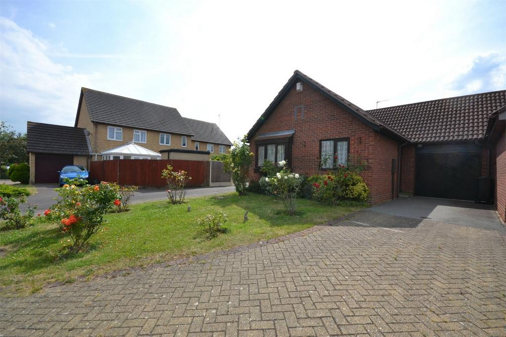 2 Bedrooms Semi Detached Bungalow for sale in Courtland Mews, Maldon, Essex